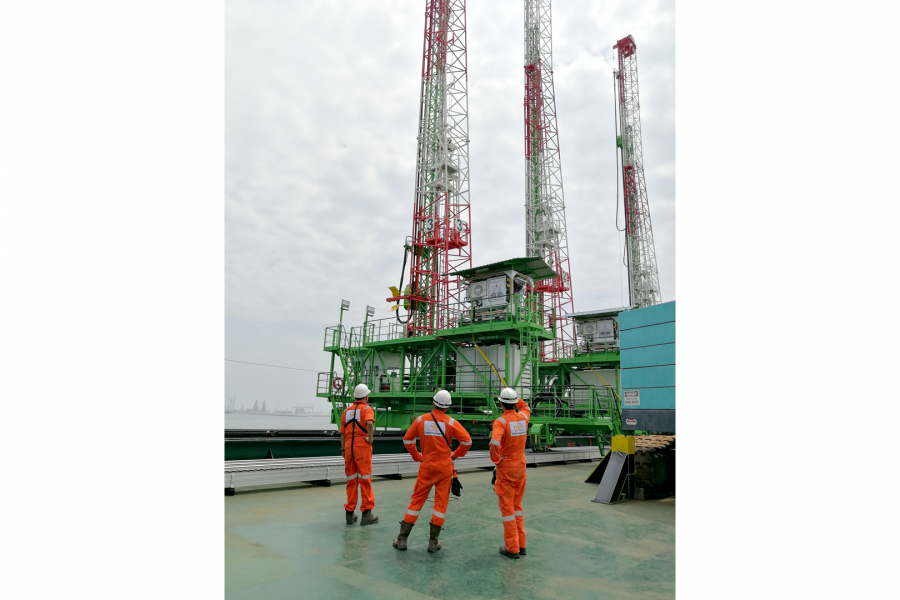 Work-at-Heights Solutions – Dredging International @ Tuas Terminal